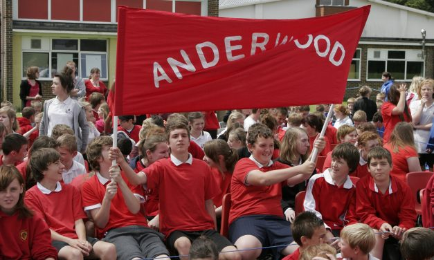 PRIMARY SCHOOL PUPILS' VICTORY SONG
